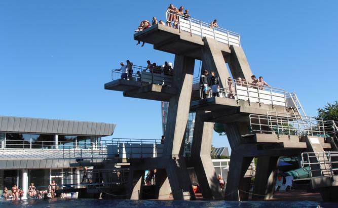 Westbad Regensburg - Erlebnisbad mit Saunabereich viele Attraktionen