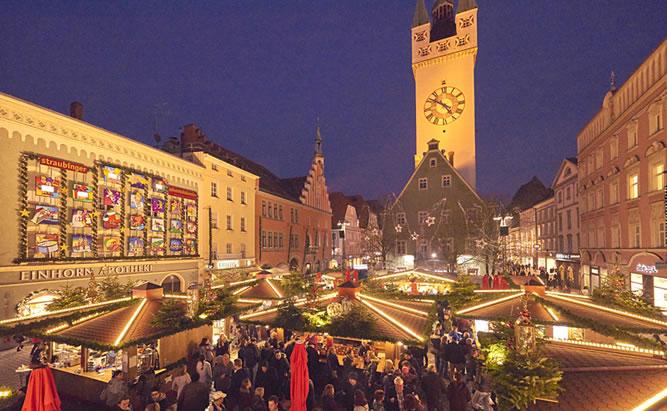 Straubinger Christkindlmarkt ein Weihnachtsmarkt mit viel Herz und verführerischen Köstlichkeiten