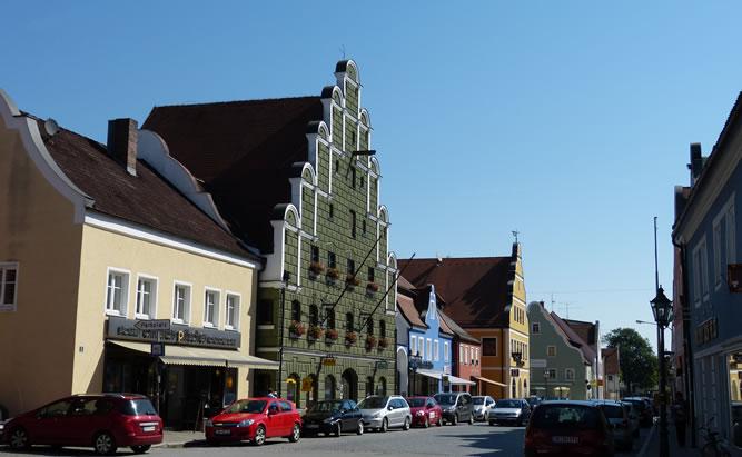 Geiselöring eine Stadt in Niederbayern in der sich Tradition und Gegenwart gekonnt vereinen.