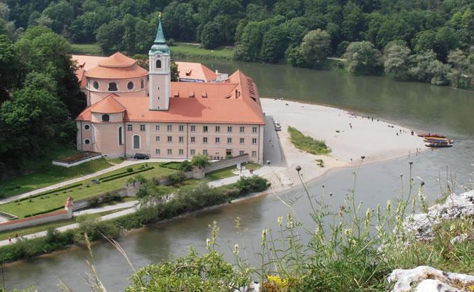 Kloster Weltenburg - Sehenswürdigkeiten um Regensburg- ob Biergarten Schiff oder Führung