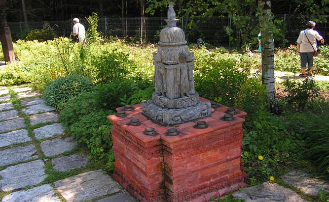 Nepal Himalaya Pavillion - Sehenswürdigkeiten Regensburg, Öffnungszeiten