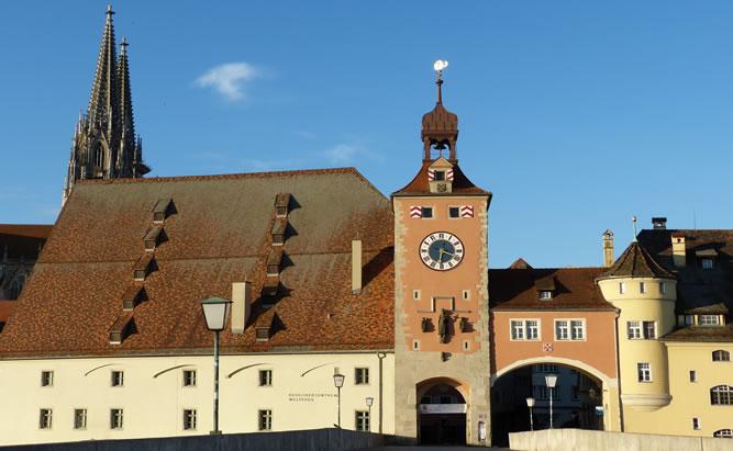 Stadführungen in Regensburg sind ein Highligt für Touristen bei ihrem Urlaub in Regensburg