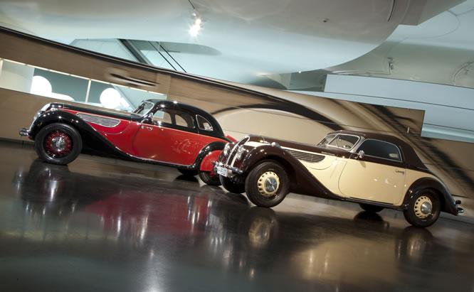 Die großen BMW Coupés und Cabrios. Wechselausstellung im BMW Museum dokumentiert die Entwicklung der BMW 6er Reihe.