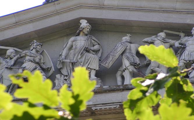 Walhalla bei Regensburg - Sehenswürdigkeiten Ruhmeshalle mit berühmten Persönlichkeiten in Donaustauf